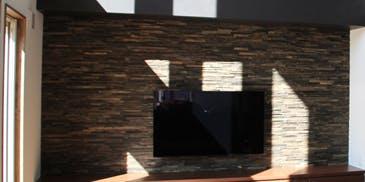 テレビボード背面壁施工事例 有限会社ホームライフ広瀬様 I様邸