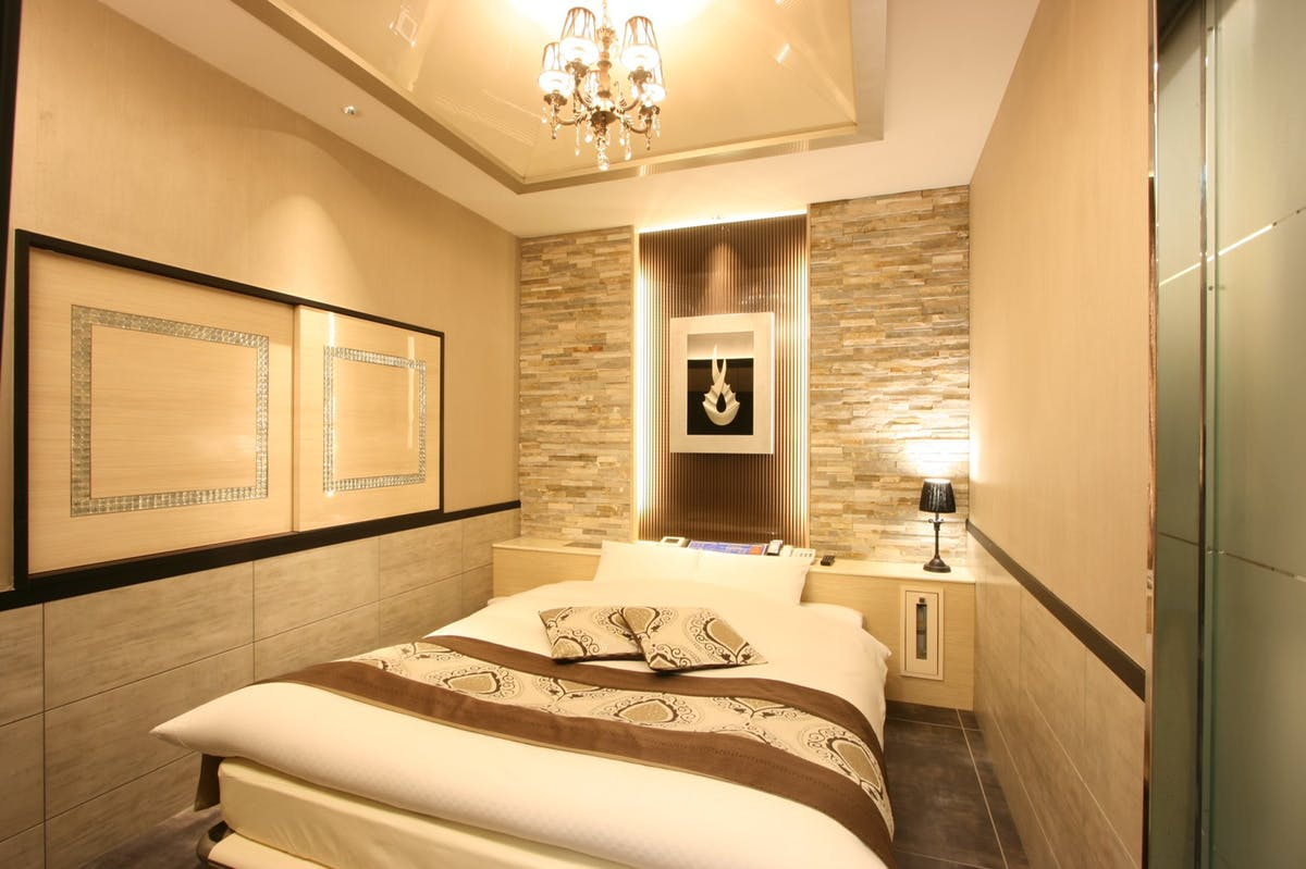 ホテル客室施工事例 ストーンパネル アクセントウォール デザインウォール
