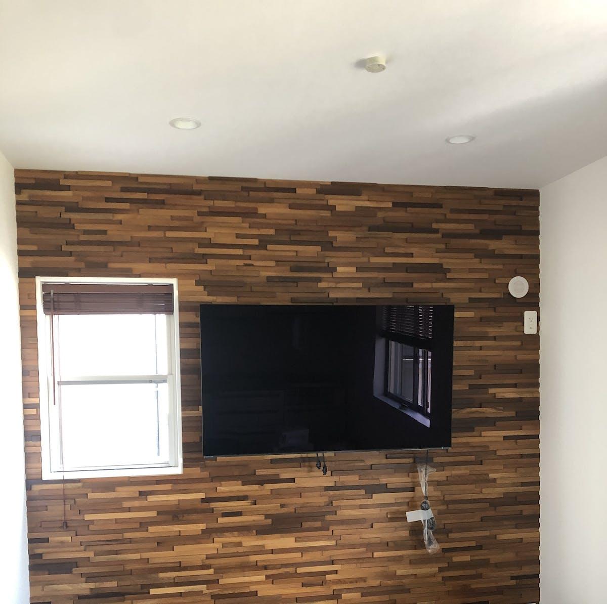テレビボード背面壁施工事例 Ka`s styleインテリア宮川様